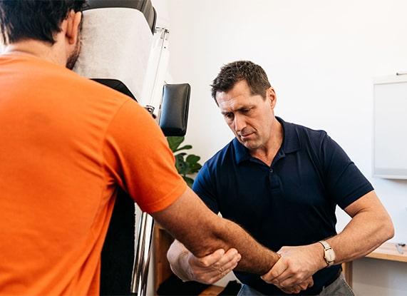 Dr Dave Oxenham Brisbane Chiropractor